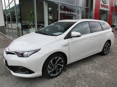 Toyota Auris TS 1,8 VVT-i Hybrid Style bei Auto Bacher GmbH in