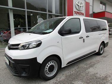 Toyota Pro Ace Combi 1,6 D-4D 115 Lang 9-Sitzer, Audiosystem, Klimaanlage bei Auto Bacher GmbH in