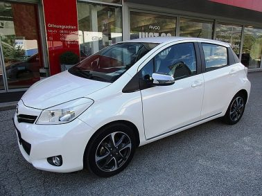 Toyota Yaris 1,0 VVT-i Trend bei Auto Bacher GmbH in