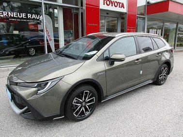 "Toyota Corolla Kombi 2,0 Hybrid Style ""TREK"" Aut. m. Safety-Paket bei Auto Bacher GmbH in"
