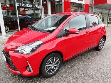 Toyota Yaris 1,0 VVT-i Active m. DESIGN-Paket bei Auto Bacher GmbH in