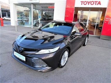 Toyota Camry 2,5 Hybrid Lounge Aut. bei Auto Bacher GmbH in