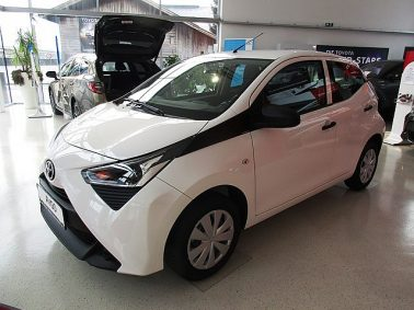 Toyota Aygo 1,0 VVT-i x m. YOUNG Paket bei Auto Bacher GmbH in