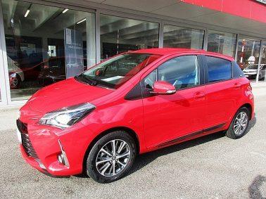 Toyota Yaris 1,5 VVT-ie Active m. Design-Paket bei Auto Bacher GmbH in