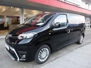 Toyota Proace Verso 2,0 D-4D 150 Medium Family m. Navigationssystem bei Auto Bacher GmbH in