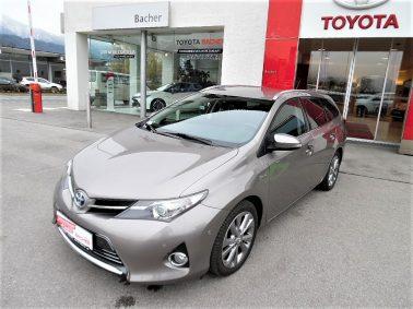 Toyota Auris TS 1,8 VVT-i Hybrid Lounge bei Auto Bacher GmbH in