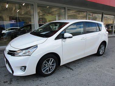 Toyota Verso 1,6 D-4D Active m. Design-Paket bei Auto Bacher GmbH in
