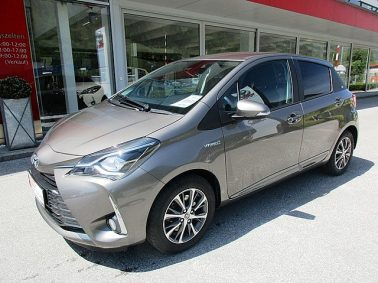 Toyota Yaris 1,5 VVT-i Hybrid Active m. DESIGN-Paket Connect bei Auto Bacher GmbH in