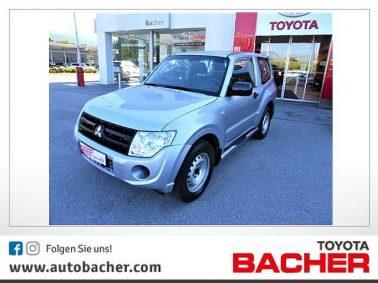 Mitsubishi Pajero Inform 3,2 DI-D TD bei Auto Bacher GmbH in