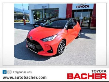 Toyota Yaris 1,5 VVT-i Hybrid Premiere Edition bei Auto Bacher GmbH in