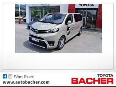 Toyota Proace Verso 2,0 D-4D 150 Medium Allrad Family bei Auto Bacher GmbH in